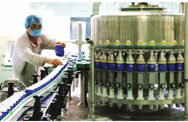 Dây chuyền sản xuất sữa chua 100 đến 10000 ly/giờ