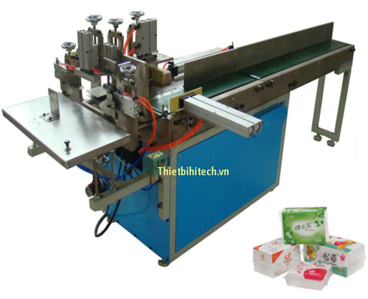 Máy đóng gói hộp khăn giấy napkin 1/4 kiểu máy bán tự động